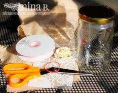 Crafting in Croatia: Easy Burlap Mason Jar Vase Tutorial