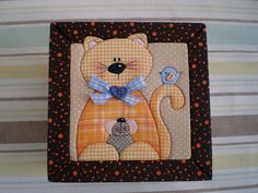 Chicken and mouse Patchwork Quilting, Crazy Quilting, Mug Rug Patterns, Applique Patterns, Quilt Patterns, Mini Quilts, Baby Quilts, Felt Crafts, Diy Crafts