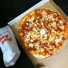 pizza king always makes me happy
