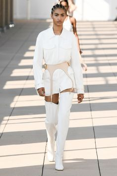 Dion Lee Spring 2020 Ready-to-Wear Fashion Show Collection: See the complete Dion Lee Spring 2020 Ready-to-Wear collection. Look 3 Vogue Fashion, Fashion Week, Runway Fashion, Fashion Show, Fashion Looks, Fashion Outfits, Womens Fashion, Fashion Design, Fashion Trends