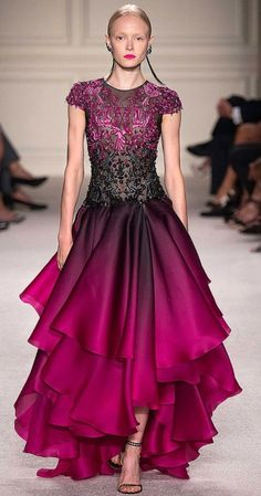 Marchesa Spring/Summer 2016 READY-TO-WEAR Fashion Show