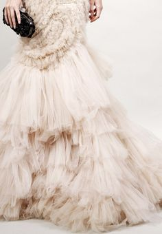 a dress that would rustle when you walk...lovely