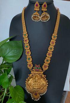 Antique gold finish Lakshmi long haram/ Goddess Lakshmi set with Matching Jhumkas /South Indian Jewelry /Indian Wedding Jewelry/ Temple set Indian Wedding Jewelry, Indian Jewelry, Bridal Jewelry, Indian Weddings, Romantic Weddings, Gold Temple Jewellery, Gold Jewellery Design, Antique Necklace, Gold Necklace