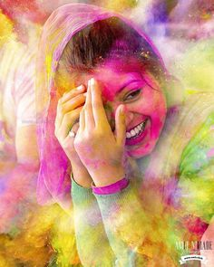 Rainbow Colors, Inspiration from the Holi Festival, India Girl Photo Poses, Girl Photography Poses, Paint Photography, Holi Colors, Colours, True Colors, Holi Girls, Holi Pictures, Romantic Love Pictures