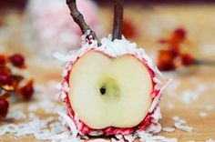 Candy apple - The Greatist Table: 10 Healthy Holiday Desserts from Around the Web | Greatist
