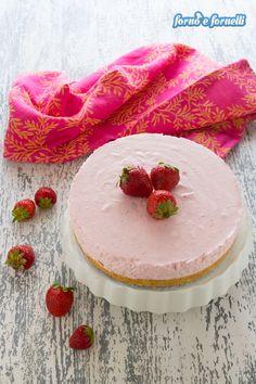 Cheesecake alle fragole, una torta mousse soffice e dolce - Forno e fornelli