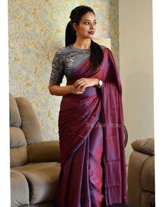 Fancy Sarees Party Wear, Saree Designs Party Wear, Stylish Blouse Design, Stylish Dress Designs, Trendy Sarees, Stylish Sarees, Kerala Saree Blouse Designs, Saree Trends, Saree Models
