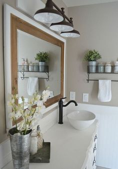 Cool 88 Modern Rustic Farmhouse Style Master Bathroom Ideas. More at http://88homedecor.com/2017/12/27/88-modern-rustic-farmhouse-style-master-bathroom-ideas/