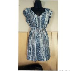 Maternity Dress size Small Pre-owned dress size Small brand Liz lange Maternity Liz Lange Dresses Maxi