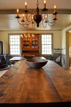 primitive homes picturetrail Colonial Home Decor, Colonial Furniture, Colonial Kitchen, Colonial Decorating, Primitive Dining Rooms, Primitive Homes, Primitive Kitchen, Primitive Country, Primitive Furniture