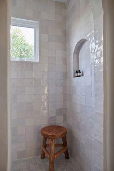 Home Decor Inspiration .Home Decor Inspiration Interior Exterior, Bathroom Interior Design, Home Interior, Neutral Bathrooms Designs, Beautiful Bathrooms, Modern Bathroom, Small Bathroom, Bathroom Ideas, Shower Bathroom