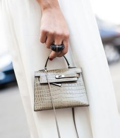 because i'm already obsessed with itty bitty bags...here's an itty bitty Hermes Birkin!
