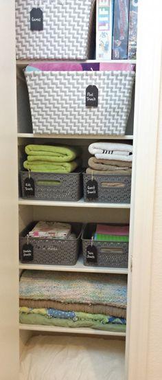 New bedroom closet organization tips organisation ideas Bathroom Linen Cabinet, Linen Cupboard, Cupboard Storage, Laundry Cupboard, Hall Cupboard, Airing Cupboard, Cupboard Ideas, Bathroom Cabinets, Small Closet Storage
