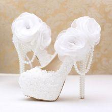 Flores de encaje blanco perla zapatos de novia delgada plataforma del alto talón zapatos con colgante redondo/del dedo del pie puntiagudo zapatos de la boda(China (Mainland))