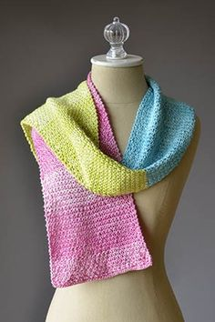 Seaspray Color Block Cowl Free Knitting Pattern