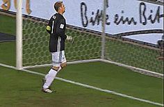 spieleInfo • barca-fleki66: Manuel Neuer funny fail stupid...