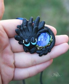 Baby Toothless Pendant - night fury jewelry - how to train your dragon - black green dragon - polymer clay - dragon jewelry - dragon pendant - by GloriosaArt