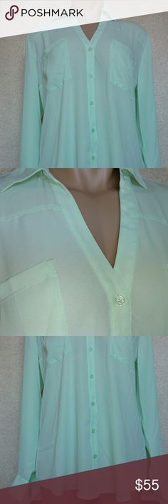 Convertible Sleeve Portofino Shirt Mint Green NWOT Portofino shirt from Express. BRAND NEW without tags. Beautiful mint green color! Express Tops Button Down Shirts