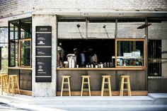 66 Ideas For Cozy Restaurant Seating Coffee Shop Small Coffee Shop, Coffee Store, Coffee Shop Design, Café Bar, Café Restaurant, Restaurant Design, Restaurant Seating, Design Café, Store Design