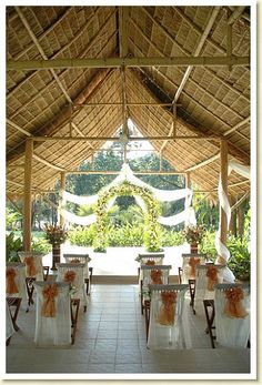 Thai Destination weddings: weddings abroad and overseas Christian wedding in Thailand