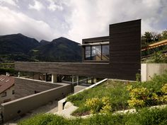 Mountain-Modern: Austrian Villas That Make us Want to Head for the Hills - Architizer