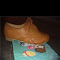 Ariel new shoes;