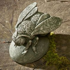 ≗ The Bee's Reverie ≗ Campania International Buzz | The Bee Cast Stone Garden Statue