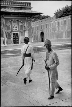 Henri Cartier-Bresson - INDIA. Rajasthan. Jaipur. 1948.