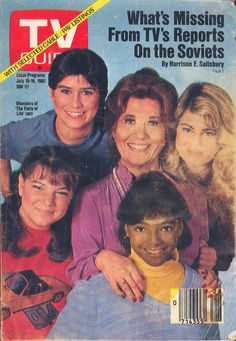 """The """"Facts of Life"""" cast on the cover of TV Guide - July My aunt Yvonne did the costumes for this show. My cousins were in an episode! Facts Of Life Cast, 1980s Tv, 1970s, Life Tv, Vintage Tv, Vintage Soul, Old Tv Shows, Tv Guide, 1990s"""