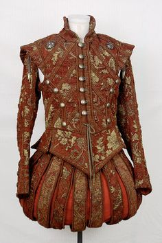 Tudor Costume — Renaissance red Doublet and Cape Renaissance Hut, Costume Renaissance, Elizabethan Costume, Elizabethan Fashion, Tudor Fashion, Elizabethan Era, Medieval Costume, Renaissance Fashion, Renaissance Paintings
