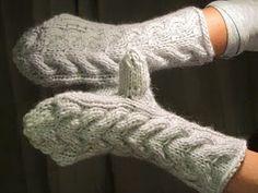 Bella's mittens