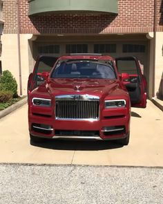 Rolls Royce Exterior and Interior Rolls Royce Exterior and Interior Luxury Cars Exotic World Luxury Lifestyle Online Magazine On Luxury World Cars inc Rolls Royce Auto Rolls Royce, Voiture Rolls Royce, Rolls Royce Phantom, Rolls Royce Wraith, Bmw, Audi, Vagas Home Office, Rolls Royce Cullinan, Automobile