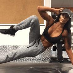 Muy atento a este ejercicio para que puedas conseguir de una vez por todas esa cintura que siempre has querido.
