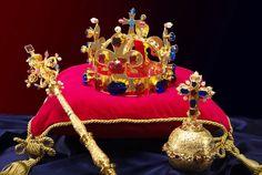 BRNO 2015 - České korunovační klenoty – petrsojka – album na Rajčeti Royal Jewels, Crown Jewels, Tiaras And Crowns, Love Is Sweet, Fashion History, Czech Republic, Prague, Olympia, Celebrity