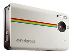 I want all the great pictures I took like insta-right-now!! Polaroid Digital Instant Print Camera shares all the memories on the spot. via: 10 Essentials to Throw an Unforgettable Outdoor Party - http://www.wickerparadise.com/outdoor-party-essentials.html