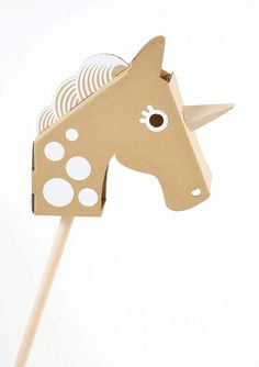 Cardboard Little Unicorn Head - make your own hobby horse. (Or hobby unicorn. Unicorn Head, Little Unicorn, Unicorn Games, Toy Unicorn, Diy And Crafts, Crafts For Kids, Paper Crafts, Cardboard Toys, Hobby Horse