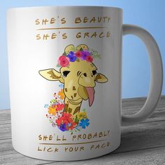 cute mugs photos Check out these coffee mugs that you should really buy Giraffe Mug, Giraffe Decor, Giraffe Print, My Coffee, Coffee Cups, Cute Mugs, Funny Mugs, Mug Shots, Mug Cup