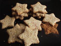 Biscuiti sarati cu parmezan si rozmarin - CAIETUL CU RETETE Pizza Craft, Cupcake Cookies, Cupcakes, Stuffed Mushrooms, Food And Drink, Vegetables, Desserts, Recipes, Crafts