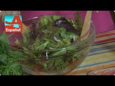 Denisse te enseña cómo preparar un aderezo casero por solo centavos. Guacamole, Cabbage, Sandwiches, Vegetables, Ethnic Recipes, Food, Cooking, Recipes, Essen