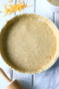 Helppo kolmen aineen suolainen piirakkapohja - Suklaapossu Cornbread, Food And Drink, Pizza, Baking, Ethnic Recipes, Desserts, Brick, Salt, Friends