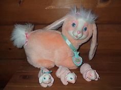 Vintage 1993 Hasbro BUNNY SURPRISE Plush Rabbit 3 Baby Bunnies