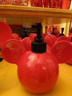 Disney House, Disney Rooms, Mickey Mouse Bathroom, Bathroom Things, Disney Souvenirs, Disney Home Decor, Soap Pump, Disney Merchandise, Disney Inspired