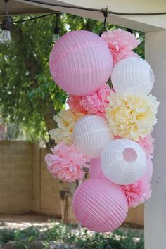 Just Artifacts Colored Tissue Paper Pom Poms - Choose your Color and Size! - Tissue Paper Pom Pom Balls for Weddings, Parties, & Home Decor Tissue Paper Decorations, Tissue Paper Flowers, Balloon Decorations, Decorating With Paper Lanterns, Paper Poms, Paper Paper, Tissue Pom Poms, Tulle Poms, Tulle Tutu