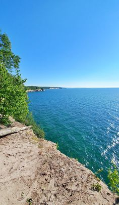 michigan hiking trails. things to do in michigan. upper peninsula, up north. midwest road trip. lake superior. national park vacation. pictured rocks national lakeshore. great lakes vacation. adventure travel vacation ideas. usa travel destinations. united states. america. Vacation Places, Vacation Trips, Vacation Ideas, Michigan Vacations, Michigan Travel, Backpacking Trails, Hiking Trails, States America, United States
