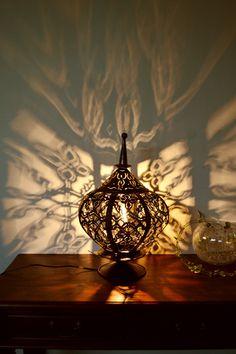 【楽天市場】間接照明 スタンドライト ♪アイアン レジーナ ランプ♪ 【送料無料】 アジアン照明 バリ おしゃれ フロアスタンド エスニック:アジアン家具・雑貨のヤヤパプス