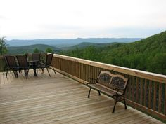 Large Outside Deck - Helms Mountain Hideaway Cabin Rentals, Luray, VA - - rentals