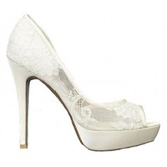 http://www.bellissimabridalshoes.com/bridal-shoes/Tabitha-By-David-Tutera-In-Ivory  Tabitha By David Tutera In Ivory