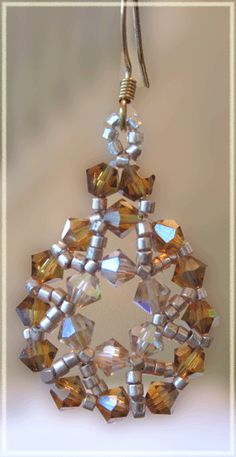 Jewelry Making Projects  Would even make apretty Christmas ornament!