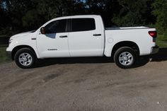 Car Review: Unchanged for 2013, Toyota Tundra still stands strong.