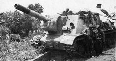 Isu 152, Self Propelled Artillery, Ww2 Tanks, Second World, World War Two, Military Vehicles, Diorama, Beast, Gun